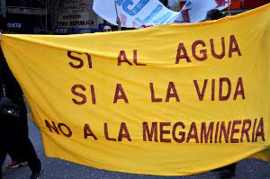 NO+a+la+megamineria+bandera300